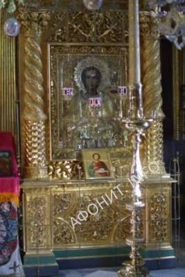 Икона святого великомученика Пантелеимона из Афонского Пантелеимонова монастыря