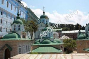 Русский на Афоне Пантелеимонов монастырь