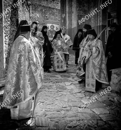"""Крестный ход на праздник """"Входа Господня в Иерусалим"""""""