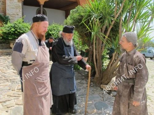 Архиепископ Иона с Герондой Григорием. Монастырь Дохиар, Святая Гора Афон
