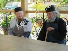 Архиепископ Иона и Геронда Григорий Дохиарский