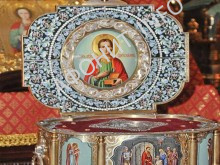 Мощи Великомученика и Целителя Пантелеимона