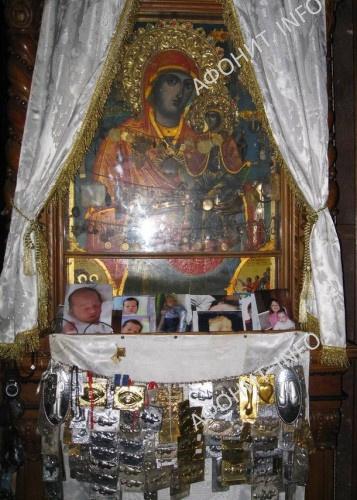 Чудотворная икона Святой праведной Анны в Скиту Агиа Анна на Афоне