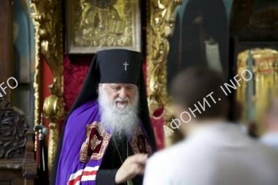 Архиепископ Женевский и Западно-Европейский Михаил (Донсков) (РПЦЗ) посетил Русский на Афоне Свято-Пантелеимонов монастырь