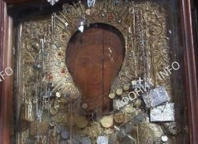 Свято апостол первомученик и архидиакон Стефан