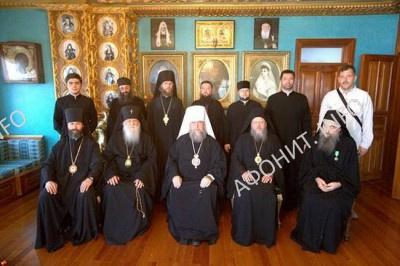 Делегация РПЦ в Русском на Афоне Пантелеимоновом монастыре, 12 августа 2016 г.