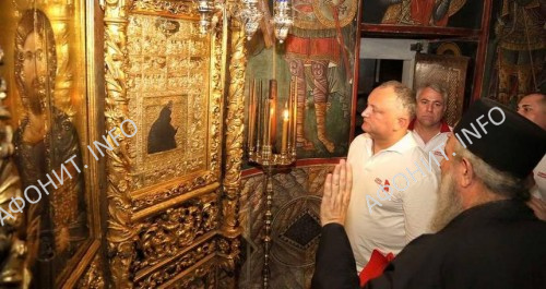 Президент Молдовы Игорь Додон совершает паломнический визит на Святую Гору Афон, 1 августа 2017