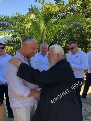 Президент Молдовы Игорь Додон на Святой Горе Афон