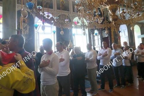 Президент Молдовы причастился в Пантелеимоновом монастыре и посетил его музей