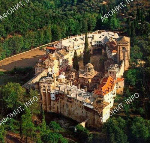 Сербский афонский монастырь Хиландарь