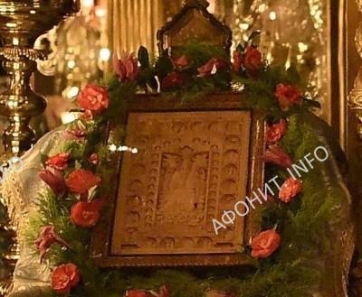 Похвала Богородице в Русском на Афоне Свято-Пантелеимоновом монастыре