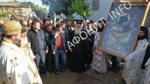 Крестный ход в Ивероне с Иверской иконой Божией Матери