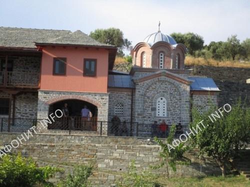 Церковь симонопетрской келии Святого Мины в Карее. Афон