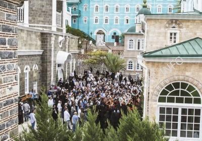 Крестный ход на панигире в Русском на Афоне Пантелеимоновом монастыре, 9 августа 2016 г.