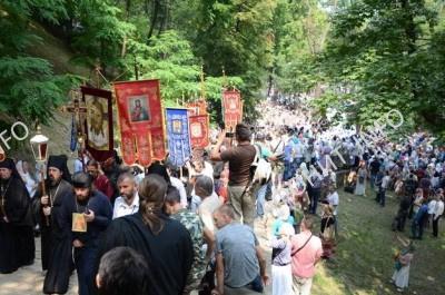 80 000 верующих приняли участие в Киеве в торжествах в честь 1000-летия древнерусского монашества на Афоне
