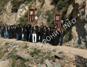 Крестный ход в монастыре Симонопетра на Афоне