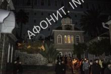 Крестный ход от храма святых Еввулы и Ермолая в Афонском Свято-Пантелеимоновом монастыре