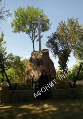 Памятник в честь погибшего в Цусимском сражении лейтенанта Владимира Игнатьева и других моряков, с. Круподеринцы Винницкой области
