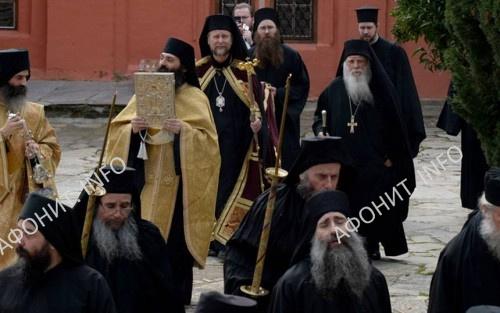 Епископ Йоэнсууйский Арсений и архимандрит Алексий (Мандзирис) в монастыре Ксенофонт на Афоне
