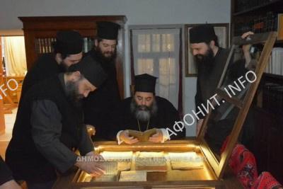 Митрополит Лангады на Афоне возглавил панигир в Симонопетра и посетил древний Иверон