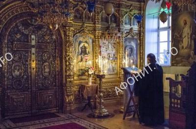 Наместник Киево-Печерской Лавры митрополит Павел в Русском на Афоне Свято-Пантелеимоновом монастыре
