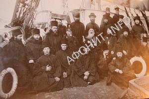Монахи Подворья Афонского Ильинского скита в Одессе на палубе корабля