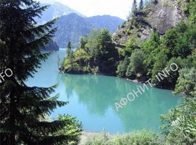 Озеро Рица в Абхазии. Современный вид