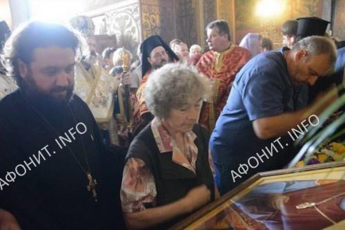 Глава св. влмч. Пантелеимона принесена в русский храм свт. Николая в Софии