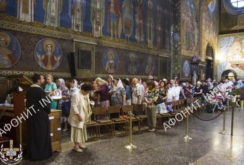 Глава св. влмч. Пантелеимона перенесена в кафедральный собор Софийской митрополии