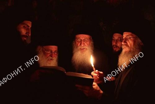 Певчие в Пантелеимоновом монастыре на Афоне