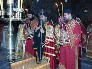 Митрополит Патрский Хризостом (Склифас) на праздновании иконы Божией Матери «Достойно есть» («Аксион Эстин»)