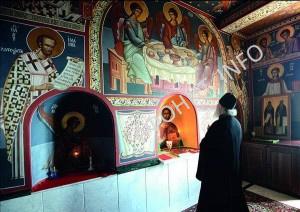 Патриарх Кирилл в храме всех Афонских святых