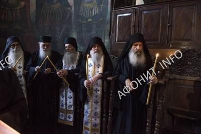 Прот Святой Горы схимонах Варнава, Игумен Григориата Христофор и представители Афонских монастырей