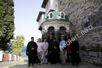 Паломническая делегация РПЦЗ во главе c еп. Феодосием Сиэтлийским посетила русский монастырь на Афоне