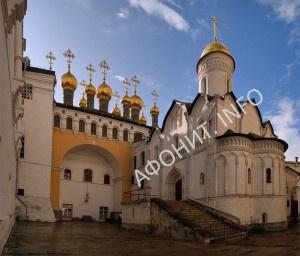 Ризоположенский храм в московском Кремле