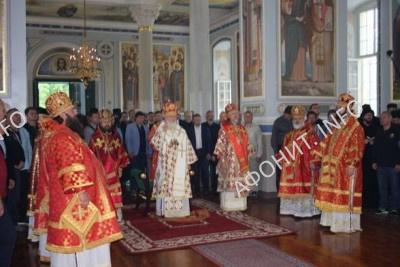 Патриарх Кирилл и архиереи РПЦ почтили память всех преподобных русских святогорцев
