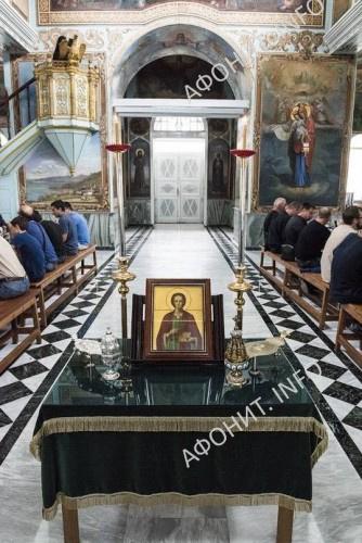 Трапезная в день Панигира в Русском на Афоне Пантелеимоновом монастыре, 9 августа 2017 г.