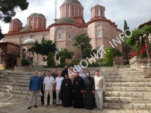 Представители УПЦ (МП) молились на Святой Горе Афон за мир в Украине