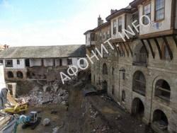 Обвал стены в монастыре Великой Лавры на Афоне