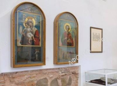 В Киево-Печерской Лавре провели выставку «Благословение Святой Горы Афон»