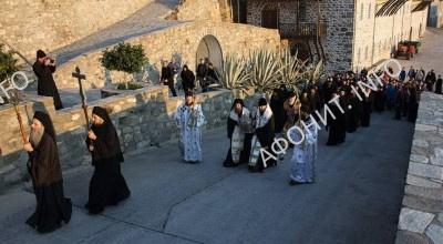 Глава прп. Силуана Афонского торжественно возвращена на Афон