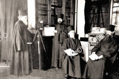 biblioteka monasturya 1