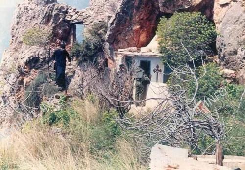 Церковь Иоанна Предтечи в ските святой Анны, в келье старца Иосифа Исихаста