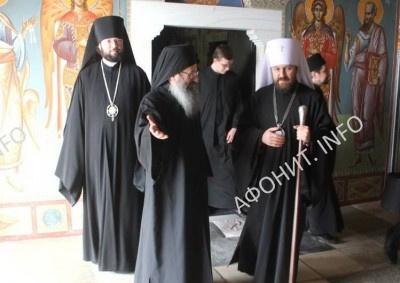 Митрополит Иларион (Алфеев) в монастыре Симонопетра