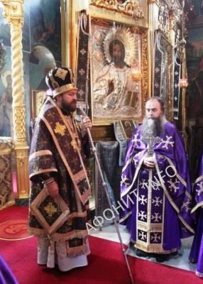 Митрополит Иларион (Алфеев) возглавил богослужение в Пантелеимоновом монастыре на Афоне