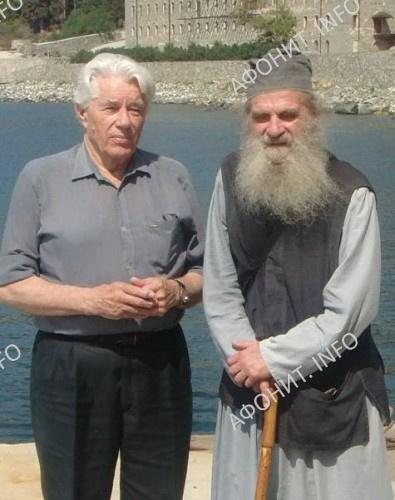 Монах Олимпий (Глудкин) с бывшим коллегой