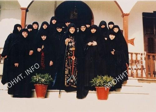 Игуменья Макрина с сестрами