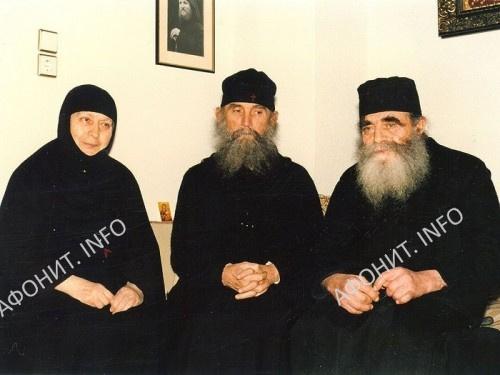 Старица Макрина, Старец Ефрем и отец Иосиф