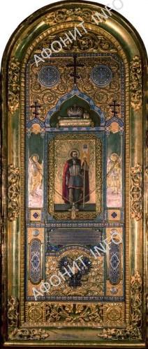 икона, подаренная Пантелеимонову монастырю Александром III, которая находится в иконостасе Александро-Невского (Владимирского) собора