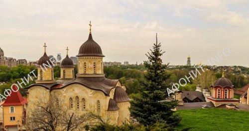Архангело-Михайловский Зверинецкий монастырь